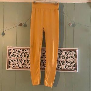 3/$12 Aura Via mustard colored leggings